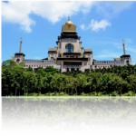 遠くからでも圧巻の迫力!台湾最大規模を誇る中台禅寺観光の魅力とは?